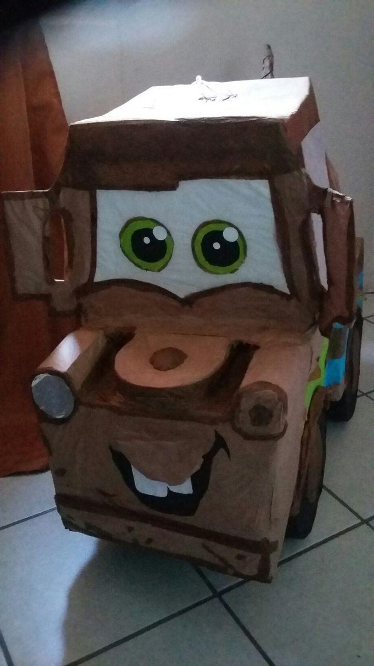 Piñata de tow Mater/ birthday party cars theme pinata