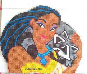 DECO.KDO.NAT: Perles hama: Pocahontas avec le raton-laveur