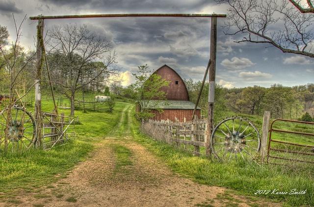 Missouri Farm, via Flickr.
