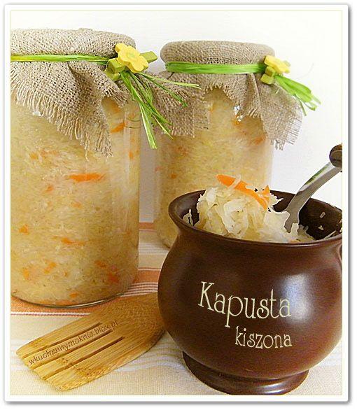 Kapusta Kiszona http://wkuchennymoknie.blox.pl/2012/08/KAPUSTA-KISZONA-DO-SLOIKOW.html http://gotujmy.pl/kiszenie-kapusty,artykuly-warzywa-artykul,7305.html