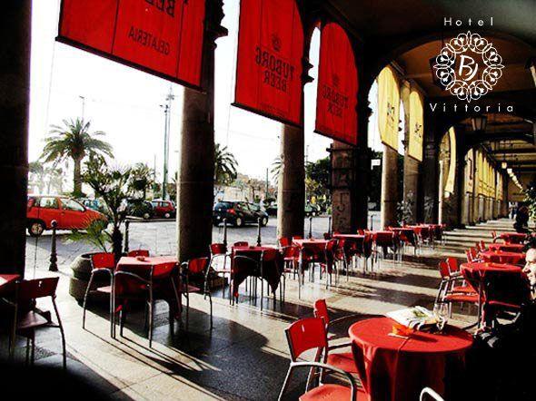 I Portici di Via Roma - http://www.hotelbjvittoria.it   #portici #Cagliari #Sardegna