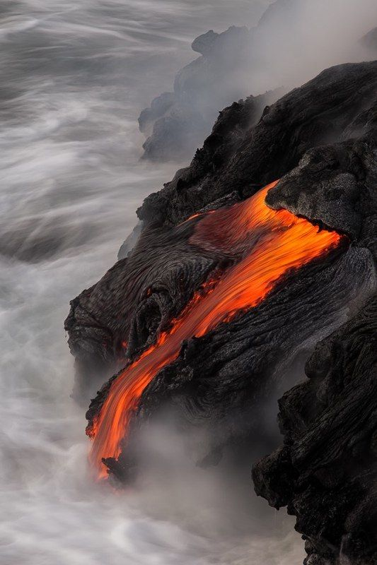 Aberrant Beauty: Beautiful Natural, The Ocean, Lava Flowing, Dragon, Landscape Photography, Aberr Beautiful, Hot Lava, Big Islands, Mothers Natural