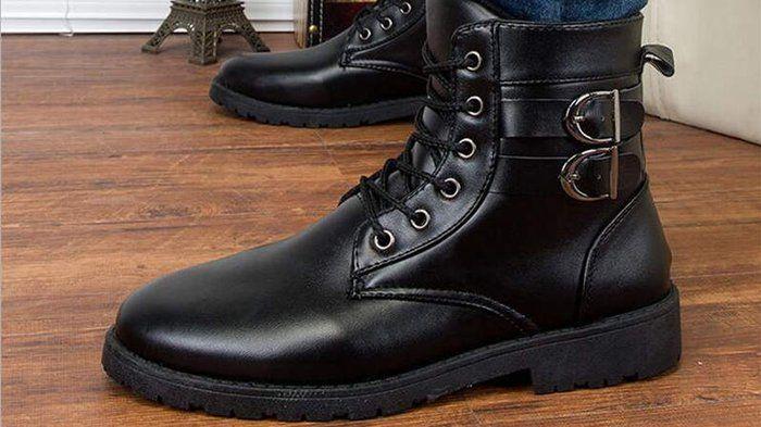 Sepatu Boots Pria - Inilah 2 Pilihan Alas Kaki Koboi Terlihat Cool Saat Touring, Bro!