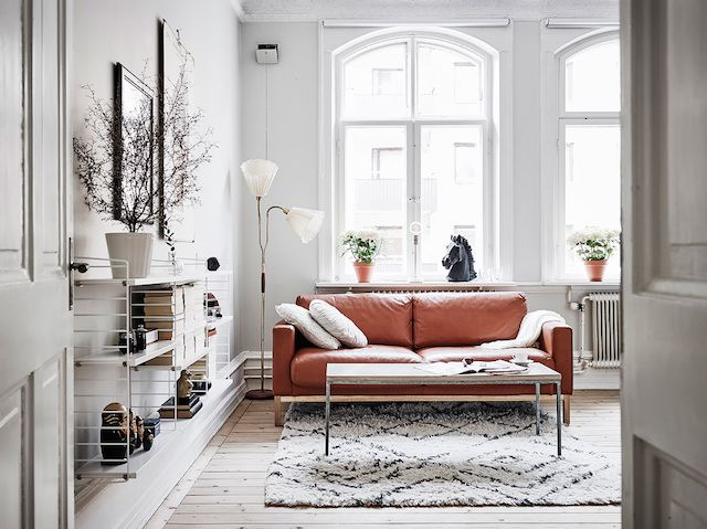 All things bright and beautiful in the sitting room of a small Swedish space!