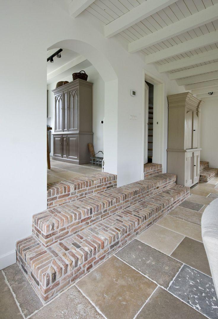 25 beste idee n over oude stenen huizen op pinterest stenen hutjes stenen huizen en frans huisje - Modern stenen huis ...