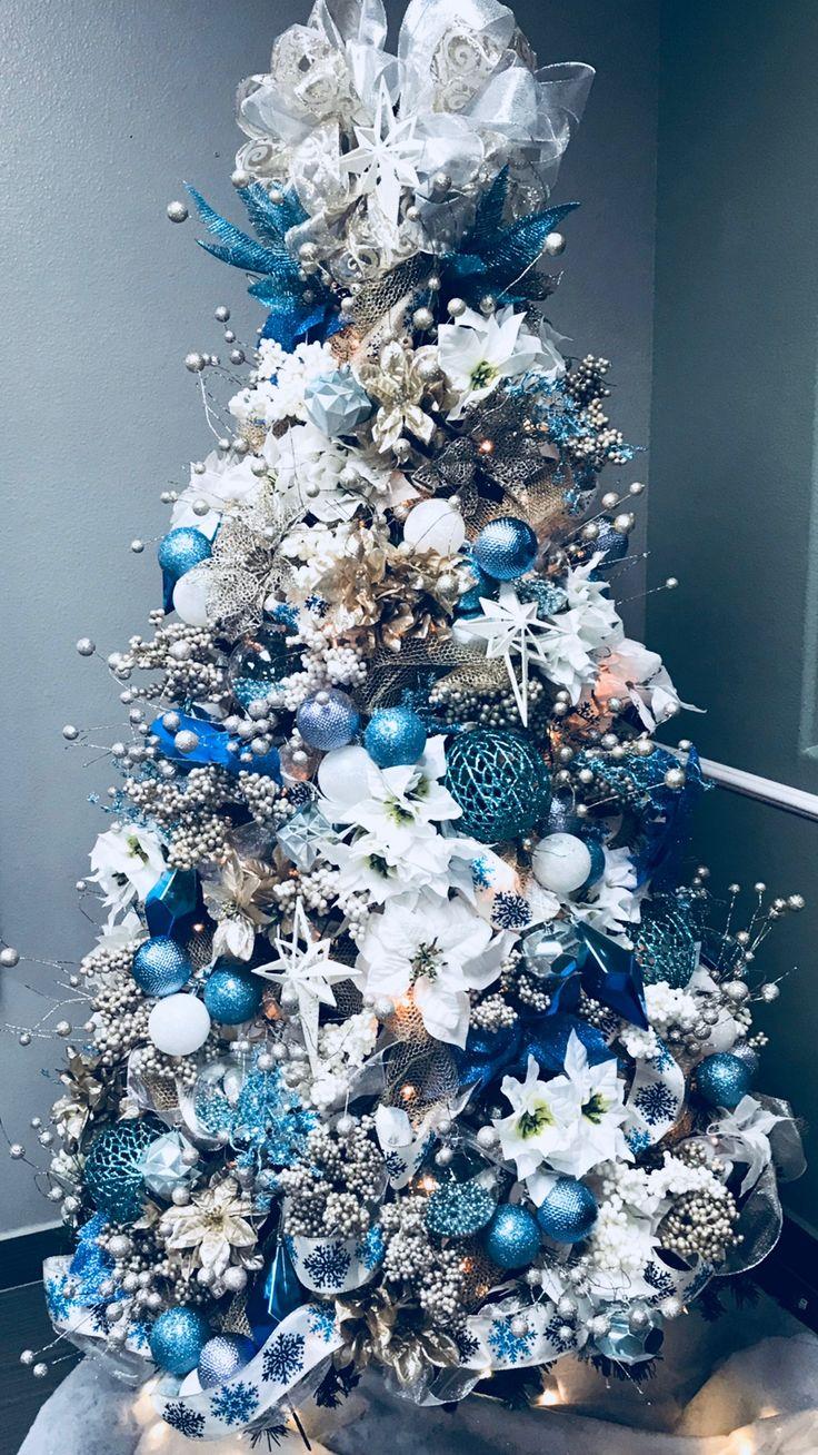 CHRISTMAS TREE~Teal and white Christmas tree