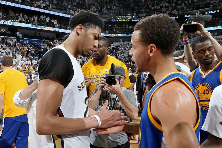 Love. Anthony Davis & Steph Curry following game 4 of #WARRIORSvPELICANS. For a full recap of the series check out: http://on.nba.com/WARRIORSvPELICANS