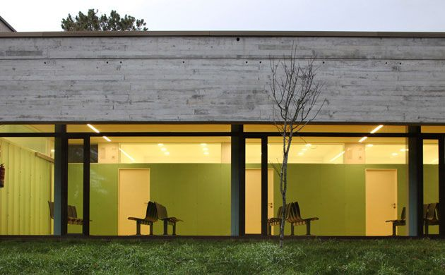 Centro Saúde en A Merca   ACXT Arquitectos   A Merca (2008)