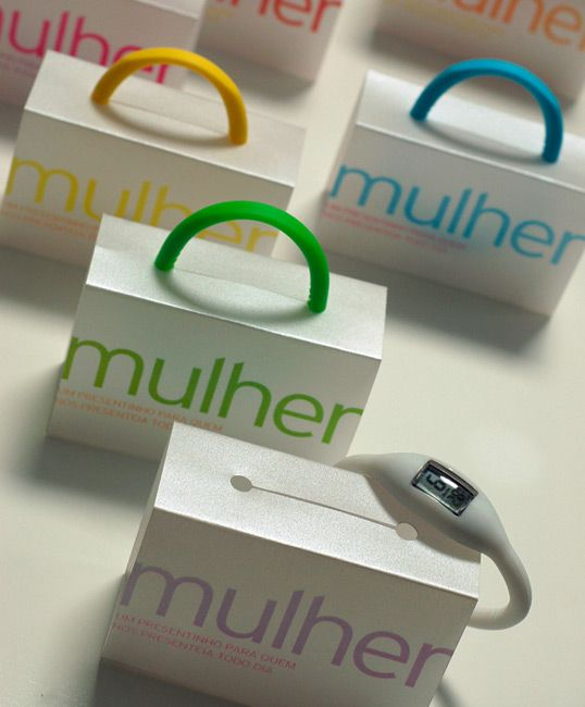 mulher watches - the band also serves as the package handle.