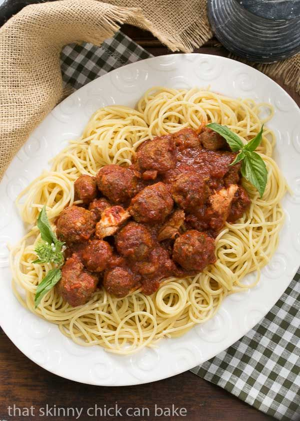 Classic Italian Meat Sauce | Slowly simmered Sunday gravy made the Italian way! @lizzydo
