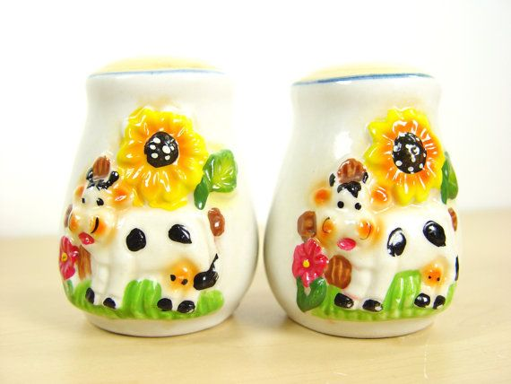 cheerful cool salt and pepper shakers. 1970s Vintage Happy Cow Salt  Pepper Shakers by LocalRetro 61 best and images on Pinterest