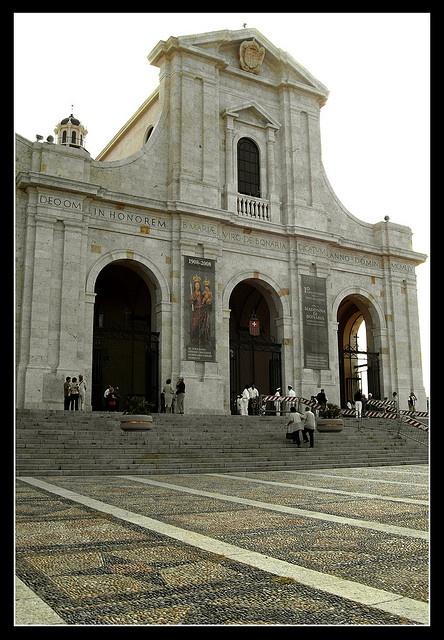 Basilica di Bonaria by GiovanniAcciaro, via Flickr, Sardinia - Sardegna, Italy