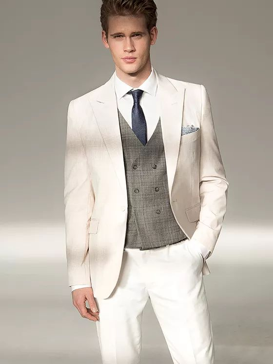 Abiti e camicie su misura per uomo | Tailor4Less