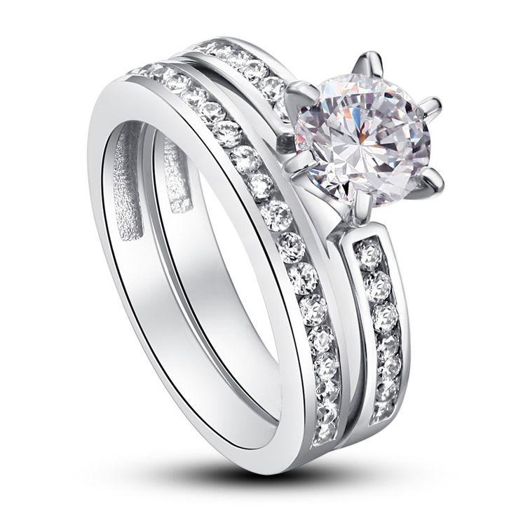 Set Inel şi Verighetă Solitaire Princess Argint 925 http://www.borealy.ro/bijuterii/inele/placate-cu-aur-galben/set-inel-si-verigheta-solitaire-princess-silver-simulated-diamond.html