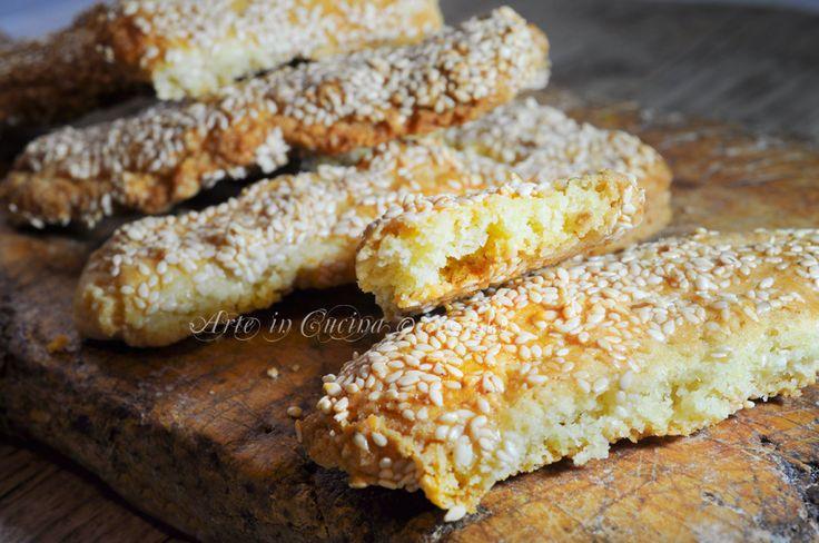 Nciminati ricetta biscotti siciliani dei morti, ricetta facile, veloce, biscotti tradizionali ognissanti, biscotti al sesamo, inciminati, dolci dei morti facili