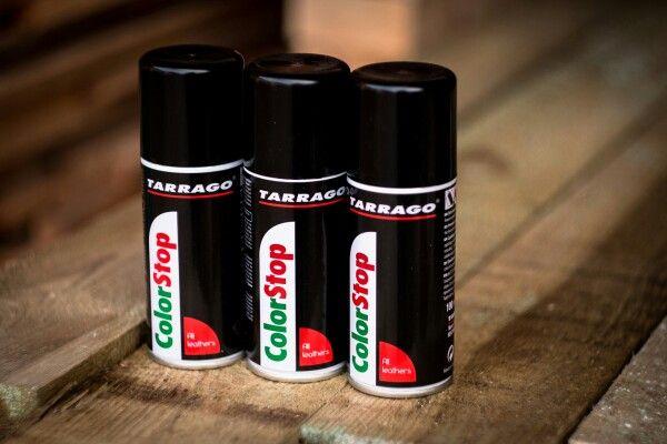 Zabarwione skarpety po zdjęciu butów? Skórzana torebka pozostawia ślady na odzieży? TARRAGO Color Stop   pomaga właśnie w takich sytuacjach. Dzięki temu produktowi w prosty sposób utrwalisz pigment zawarty w skórze i nie dopuścić do odbarwień #tarrago #TarragoForKicks #shoecare #leathercare #leathers #shoelover #shoeslover #shoestagram #shoeporn #multirenowacja #multirenowacjapl #colorstop #buty #kickstagram #sneakerhead #sneakerporn #sneakernews