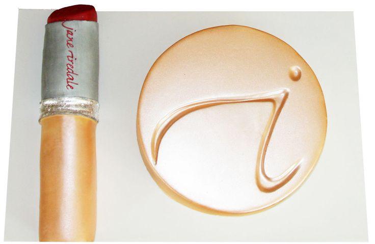 Lipstick & Compact Cake Like us on  www.facebook.com/melianndesigns