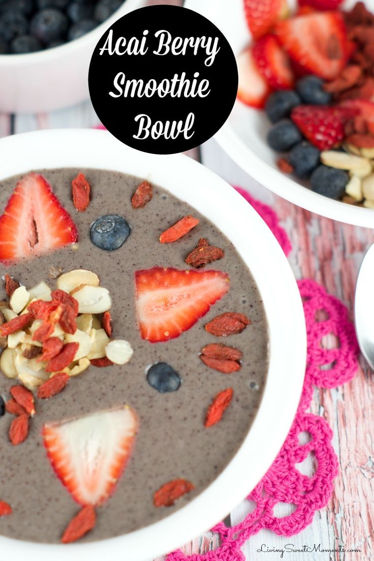 Acai Bowl Recipe- Delicious smoothie bowl filled with acai,  fruit and nuts. A delicious and healthy breakfast that's ready and seconds and will satisfy you all day. More healthy recipes on livingsweetmoments.com