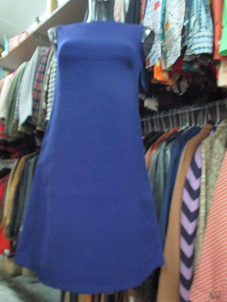 Smanicato in crespo di lana blu anni 60/ Sleeveless A-Style blue dress from the 60's/Crepe di FermataDautobus su Etsy