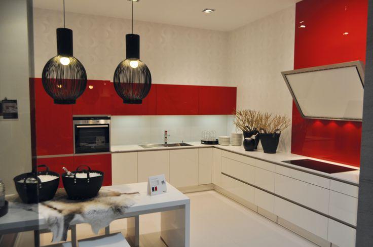 Meer dan 1000 idee n over kleuraccenten op pinterest haarkleur m ches hoogtepunten en - Keuken met rode baksteen ...
