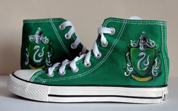 This is original converse custom shoes with hand-made painting of Slytherin s blazon, that was in Harry Potter s films. Item is not original product,