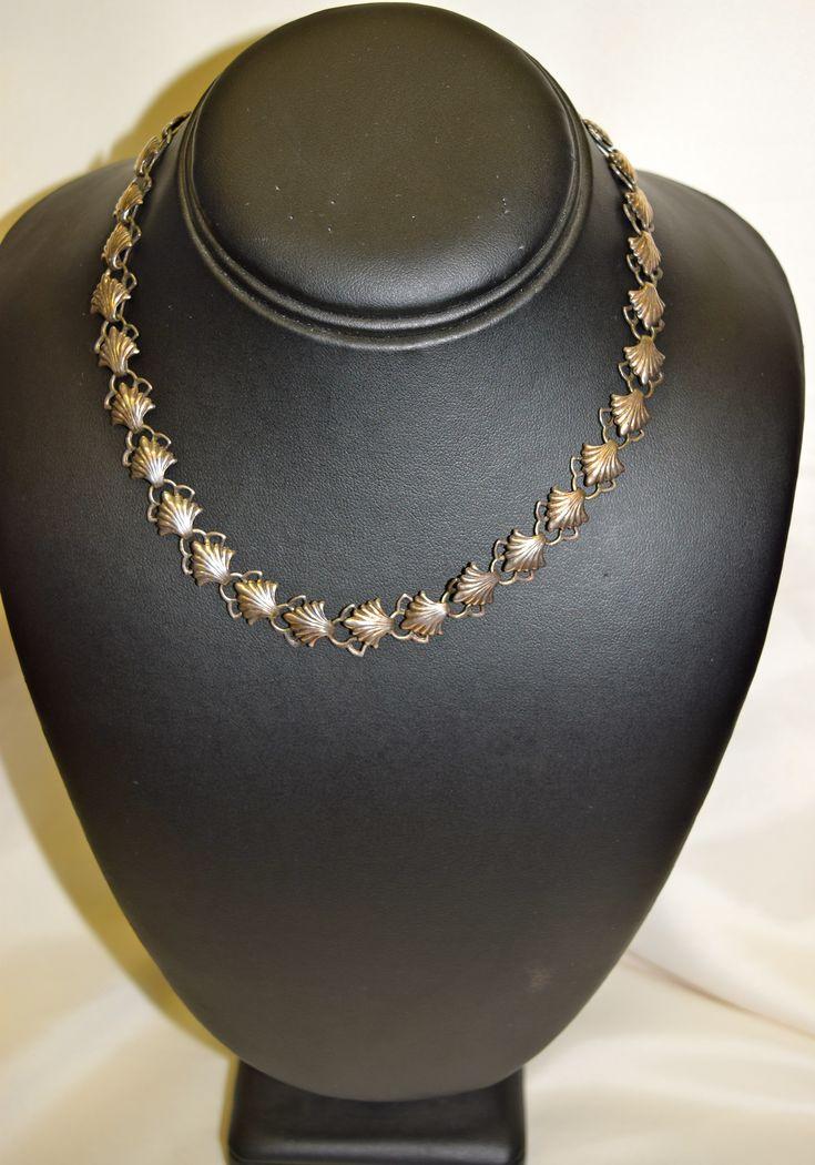 Vintage Multi Shell Design Silver Necklace