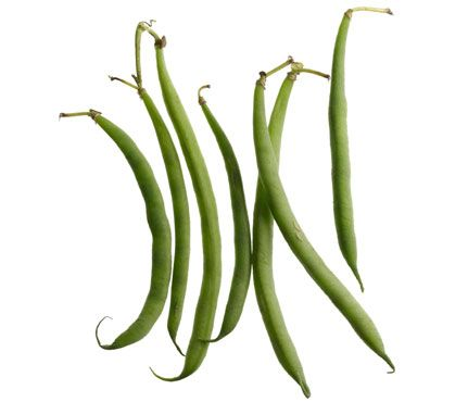 How Many Calories in THAT? Find your favorites on this list and put the calorie guesstimating behind you! Green Beans: 1/2 cup, raw, 17. #SelfMagazine
