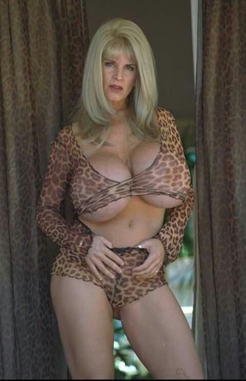 Dusty Boobs Mature 50