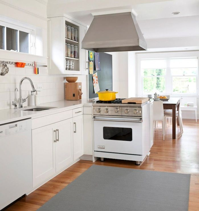 Kitchen White Cabinets Stainless: 1000+ Images About A RANGE Of Color On Pinterest