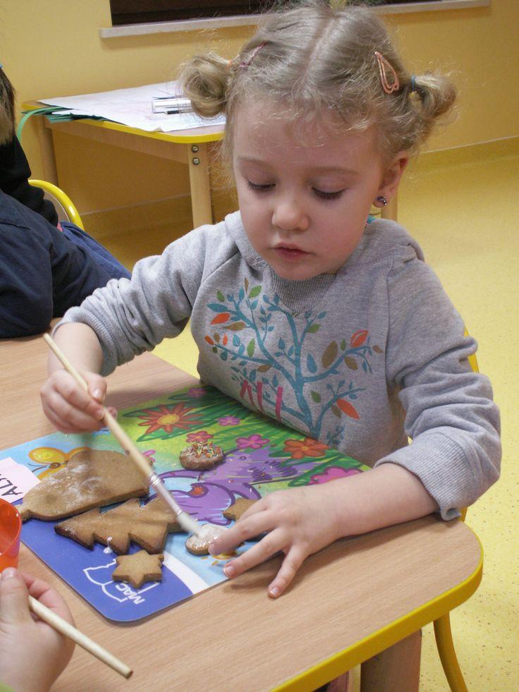 Dekorowanie lukrem. Więcej na www.madrymaluch.edu.pl