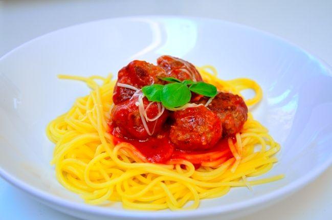 Köttbullar i tomatsås från Matskafferiet