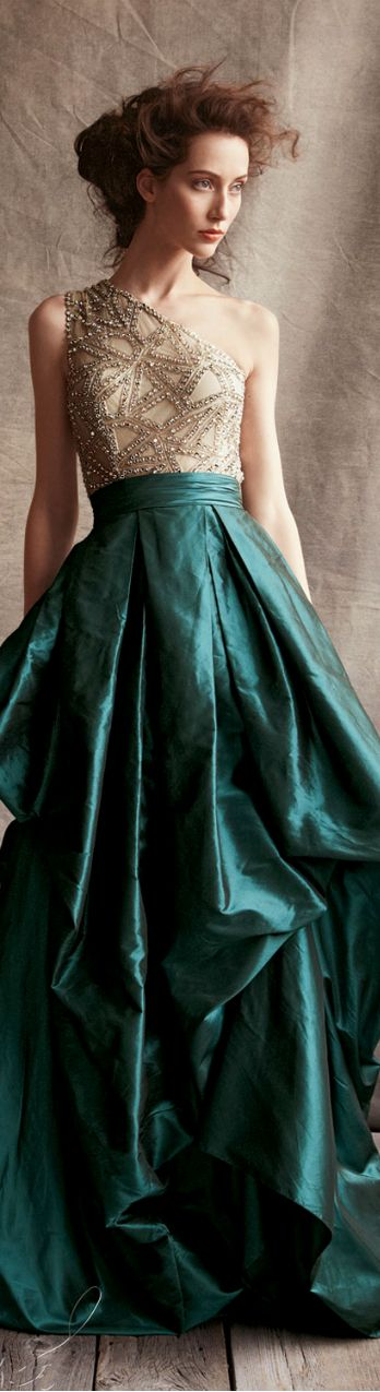 Naeem Khan ● 2013, Green Gown