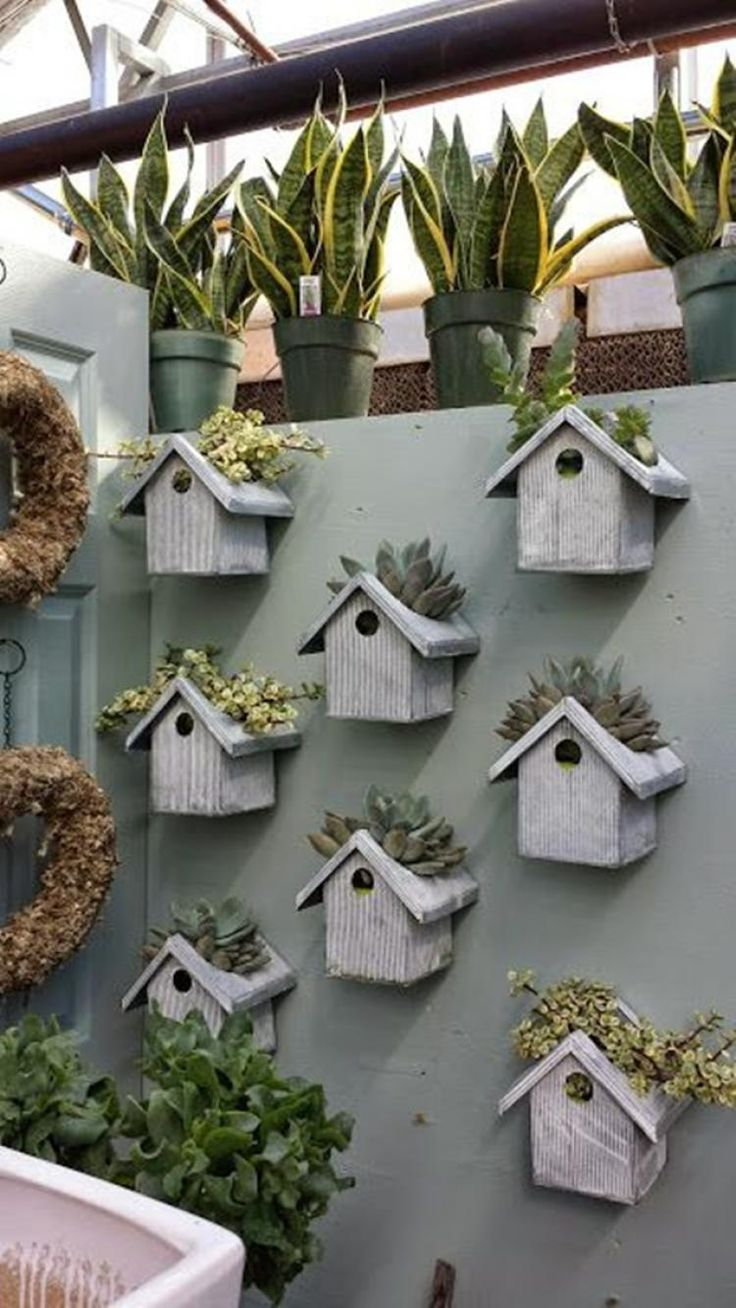 Diy Creative A Creative Alternative For Tiny Crates Vertical Garden Ideas