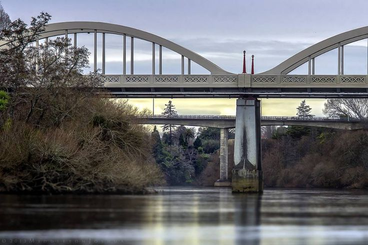 Hamilton - Fairfield Bridge