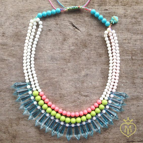 Collar gemas plasticas pastel #collarecintas #collaresmatilda #matildaaccesorios #matilda #designmatilda #matildadesign #accesoriosmedellin #accesorioscolombia #disenocolombiano #collarpastel #collar #handmade