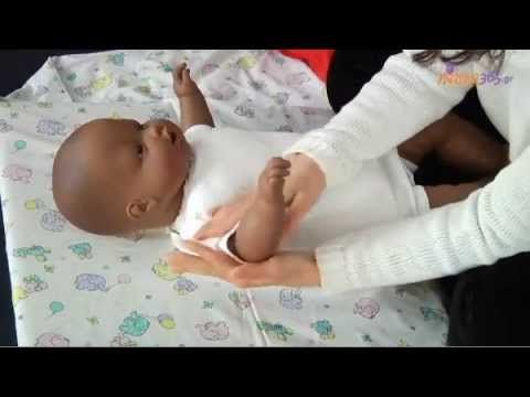 Βρεφικό μασάζ: Πώς να το κάνετε σωστά - YouTube