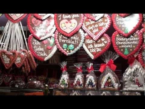 Saarbrücker Christkindl-Markt und der fliegende Weihnachtsmann