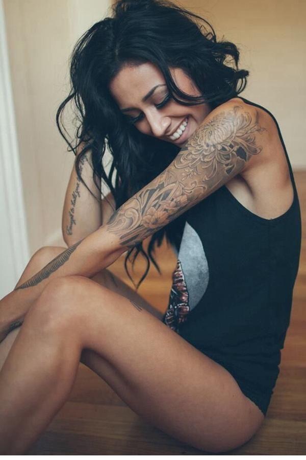 Sizler için en iyi bayan kol dövme modellerini bir araya topladık. Küçük , Büyük En trend ve yeni dövmeleri burada bulabilirsiniz! Biliyoruz ki her kadın sezonu ya da dönemi ne olursa olsun sahip olduğu bütün kıyafetler, aksesuarlar veya minik unsurlar ile hoş ve güzel görünmek ister. Bu durum son derece de normaldir. Çünkü insanların takdirini ve beğenisini kazanmak her kadının arzu edeceği bir durum olarak dikkat çeker. İşte bu noktada da bir takım konular ön plana çıkarken, tıpkı kıyafet…