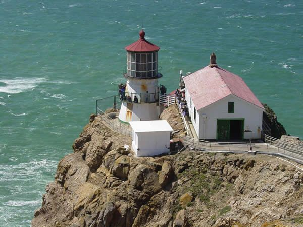 The Lighthouse at Point Reyes National Seashore.Rey National, Favorite Places, Late 1980 S, National Seashore, Historical Lighthouses, Faris Lighthouses, Seashore Pictures, Point Rey