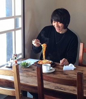 吉井さんが食べた『2コ玉スパ』ニュー スマイル