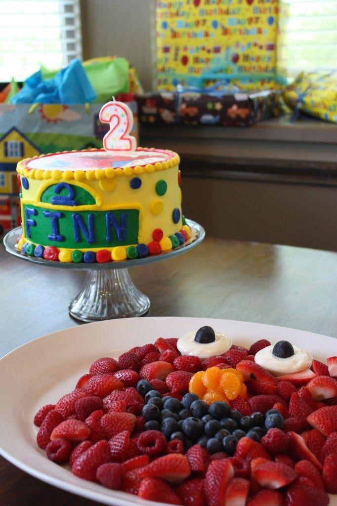 Elmo-themed birthday party ideas