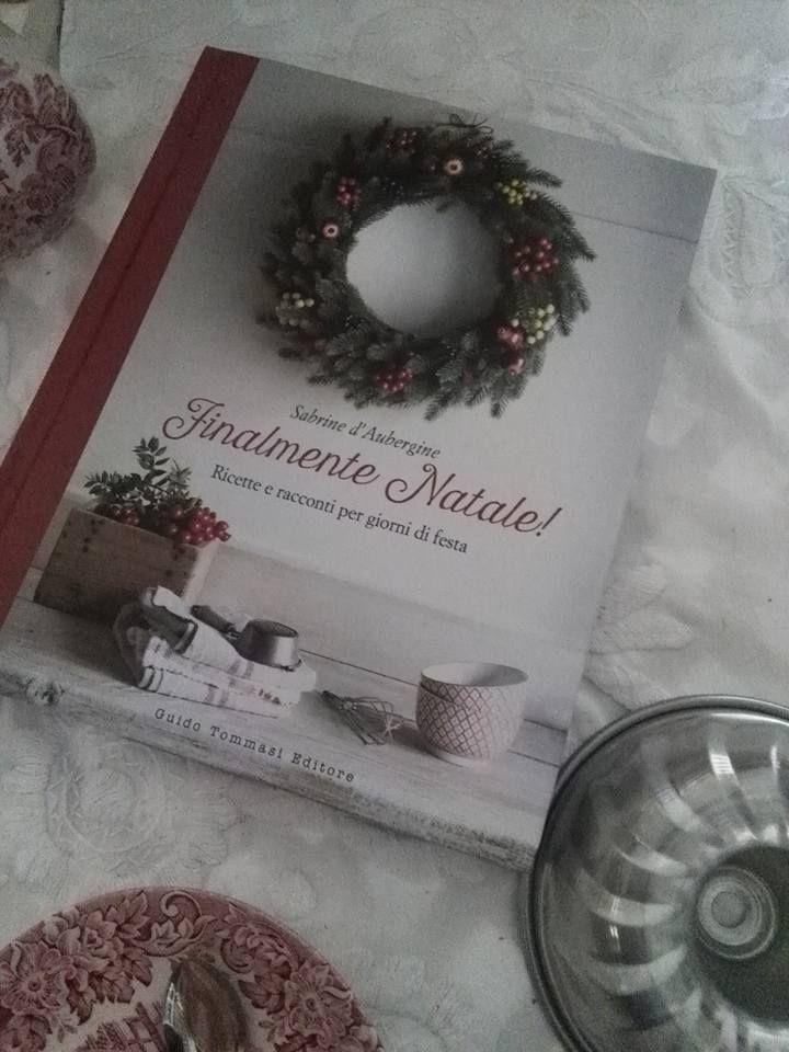 """""""Finalmente Natale!"""" è arrivato nella cucina di Silvia Brigitte,  e subito gli stampi escono dalla credenza! In attesa che le ricette escano da quelle pagine... #finalmentenatale #natale"""
