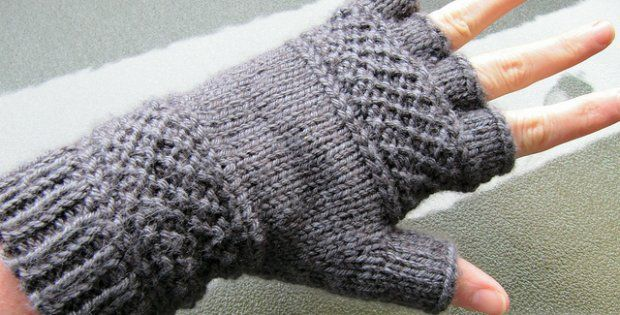 knitted treads tipless gloves |the knitting space