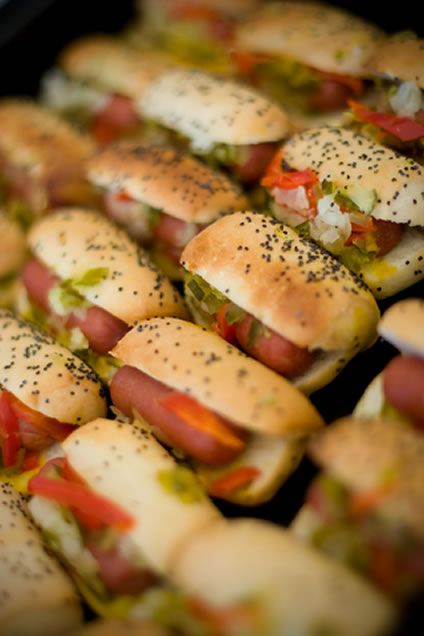 These mini hot dogs are colorful and appealing. There are various optional components to the mini hot dogs recipe. For example you might wan...
