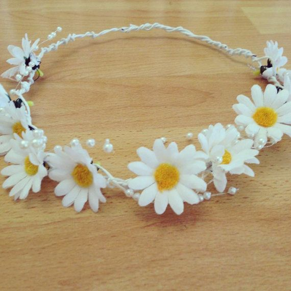 Silk Daisy Floral Crown // Half by VintageAndUrbanSouls on Etsy, $16.00