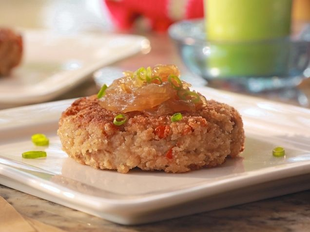 Black-Eyed Pea Fritters Recipe : Damaris Phillips : Food Network - FoodNetwork.com (Veganize by substituting flax egg and omitting cheese)
