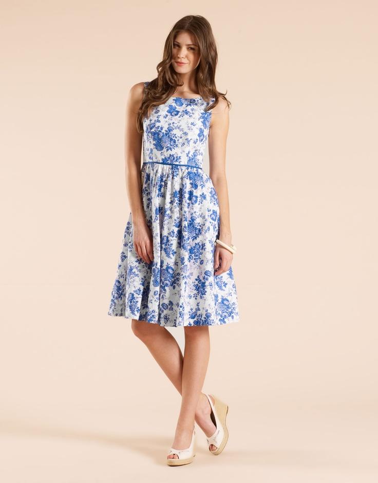 a gorgeous sleeveless dress