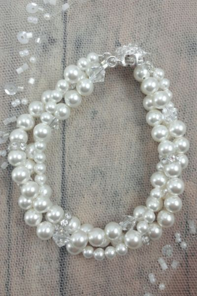 gorgeous bride bracelet / pearls and crystals
