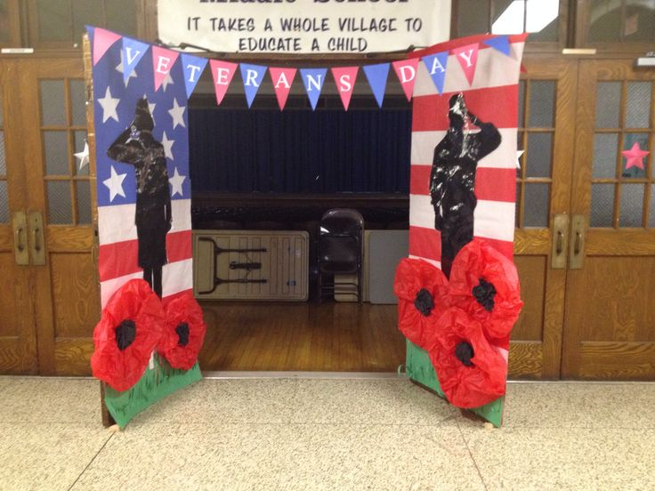Veterans Day hallway decoration: oh my gosh.... the poppies!