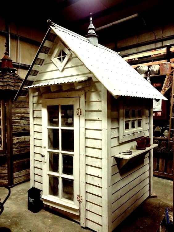 made from salvaged building materials - many cool shed designs - wish there was a place like this closer to home
